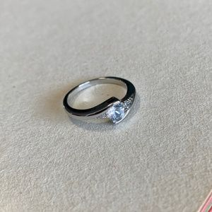 AAAAA CZ White Gold Filled Ring - Size 6